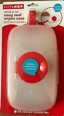 Skip Hop Grab and Go Snug Seal Baby / Child / Kids Changing Wipes Case Grey