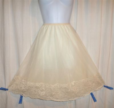 Vtg Very Rare Beige Double Layer Behind Every Olga Half Slip Lace Pillow tab M