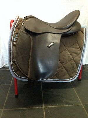 "REDUCED 17"" Brown Vsd Wintec Synthetic Cair Saddle With Numnah"