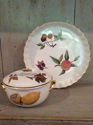 Royal Worcester Evesham oven to table ware Quiche Dish And Lidded Pot