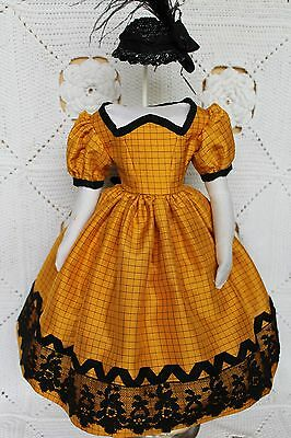 """Beautiful dress  for antique French fashion doll 18''.(1850""""s)"""