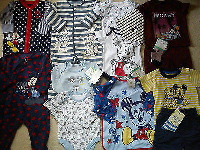 *AMAZING*35x NEW BUNDLE OUTFITS MICKEY SUMMER WINTER BABY BOY 0/3/6 MTHS(3)NR935