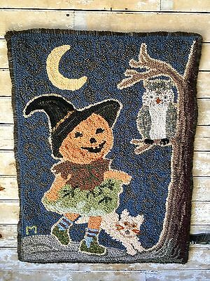 Primitive Hooked Hanging Rug Halloween Motif Adorable