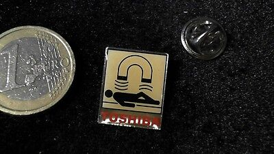 Toshiba Medical Pin Badge Medizin