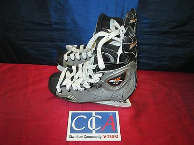 Mens Ice Skates - Size 3.5 , with bag - from CCAM