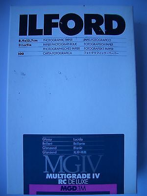 "Ilford Multigrade IV 3.5"" x 5"" 100 Sheets Glossy Darkroom Paper"