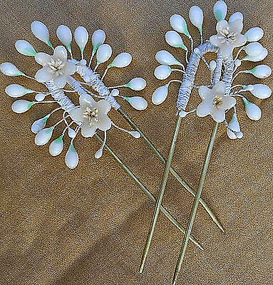ANTIQUE LOVELY FRENCH  PAIR WAX FLOWERS & BUDS WEDDING BRIDAL HAIR COMBS -1900s