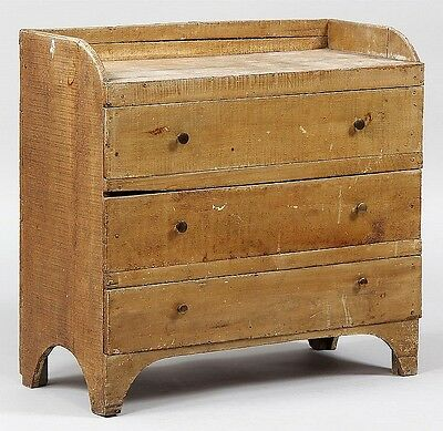 Diminutive three drawer chest in mustard paint Lot 215