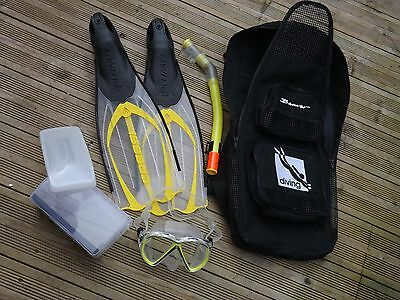 Diving fins mask and bag