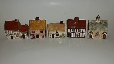 suffolk cottages and Mudlen End Studio Cottages  Set of 5 mini Cottages.