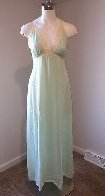 NWT Women's VIntage Vanity Fair Lingerie Nightgown Antron Nylon  Lace 36 Large L