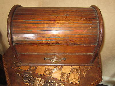 A Victorian oak humidor / cigar box / smokers cabinet - roll top