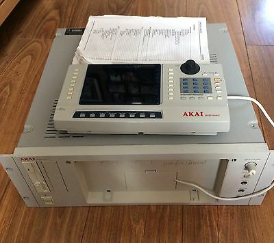 Akai S6000 Digital Sampler. WITH USB CARD and LIBRARY!