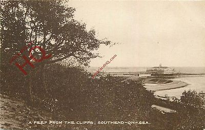 Postcard: Southend On Sea, A Peep From The Cliffs [Dennis]