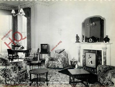 Postcard::Weston Under Penyard, Wye Hotel, The Lounge [Frith's]