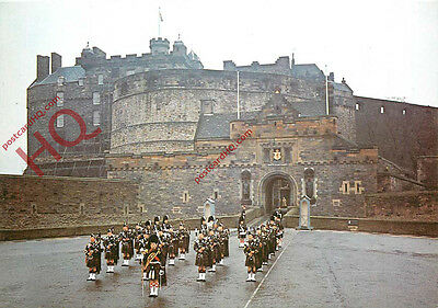 Postcard:-Edinburgh Castle, Pipe Band of Queen's Own Highlanders