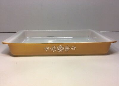 Vintage Pyrex Glass Ovenware Lasagna Cake Baking Dish Pan 933 Butterfly Gold