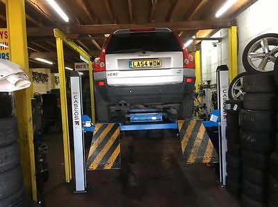 Car/van Alignment Left With Alignment Machine 100% Working Just Three Years Old