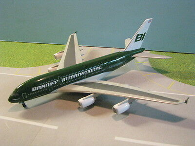 "Jet-X (Jxm054) Braniff International""green"" A380 1:400 Scale Diecast Metal Model"