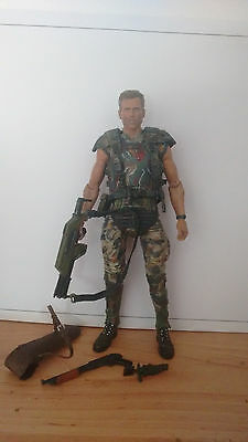 Neca ALIENS - Series 1 - Corporal Dwayne Hicks Action Figure Loose Complete