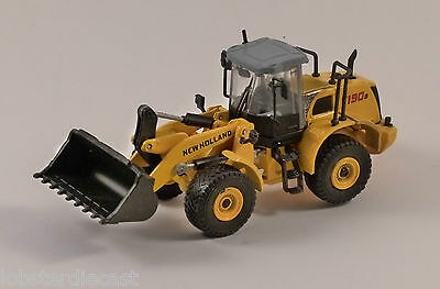 NEW HOLLAND W190B 1/87 scale construction model