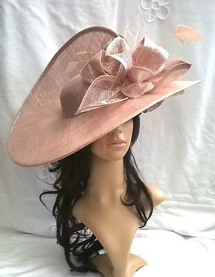 LATTE PINK SPARKLE SINAMAY & FEATHER HATINATOR.Large saucer disc Wedding.races.