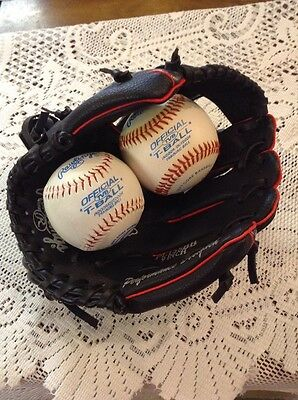 Rawlings Baseball Glove And Two Training Balls. Alex Rodriguez Autograph Model.