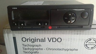 Tachograph new digital 1381 2 sec rule,12 or 24v  2 year warranty 01271 864316