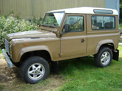 Land Rover Defender 90 V8 County 7 Seats