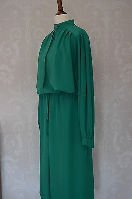Vintage emerald green two piece suit/dress 1940's look size 10/12 by Ravens