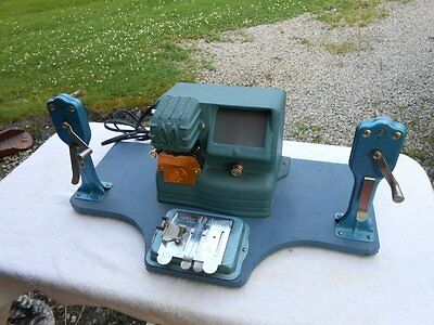 NICE! MANSFIELD 8mm Film Editor/Viewer/Splicer Model 950 with 8mm/16mm Rewinders