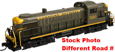HO Alco RS-3 Diesel Road Switcher Locomotive - Canadian National / CN #3003