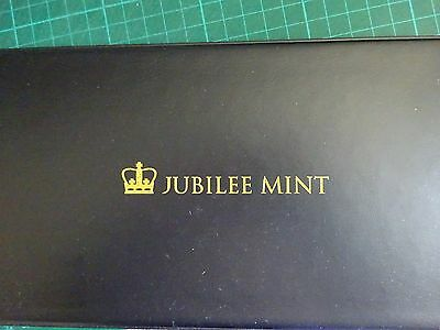 9 Carat GOLD 2017 Queen Sapphire Jubilee Coin In Presentation Pack