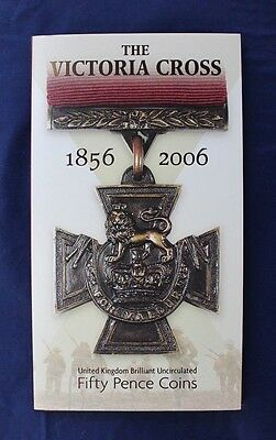 """2006 Royal Mint 50p coin x 2 """"Victoria Cross"""" in folder   (A10/5)"""