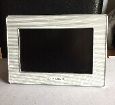 Samsung Digital Photo Frame Model: SPF-72H