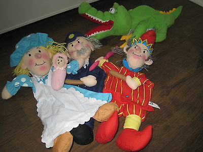 punch and judy puppet set early learning centre