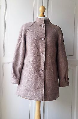 True vintage 1960/70's taupe/beige wool coat