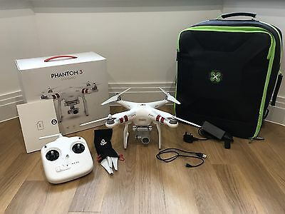 DJI Phantom 3 Standard with Drone Max Backpack
