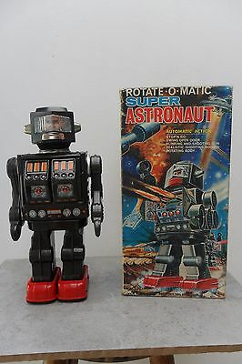 Rare Rotate-o-Matic Super Astronaut Robot S.H Horikawa Made in Japan 1960's Box