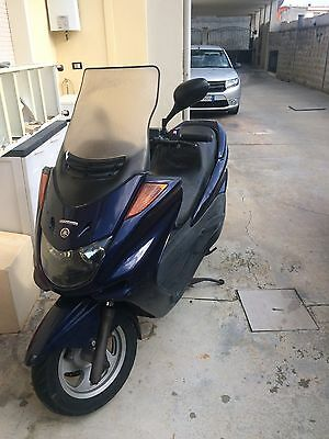 Scooterone Majesty 250
