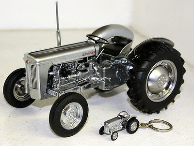 UH 1/16 Scale Ferguson TO 35 Silver Limited edition Diecast model Farm Tractor