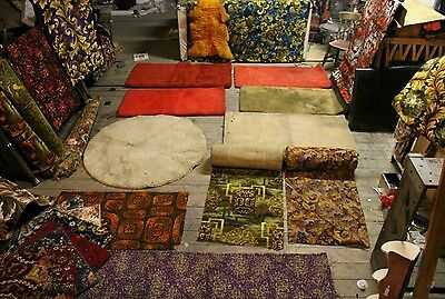 Vintage antique ruggs & carpets cheap to clear