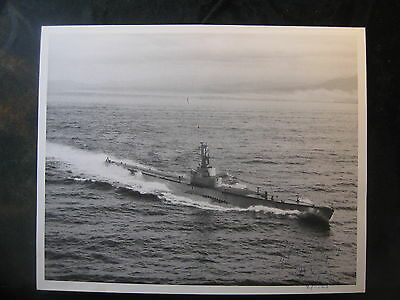 Vintage US Navy 8 x 10 USS Capitaine AGSS-336 Signed By Commanding Officer 1005