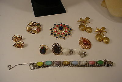 Vintage Sarah Coventry  Lot of Jewelry Necklaces Rings Bracelet Earrings Brooch