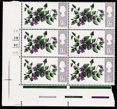 GB 1967 9d British Wild Flowers Notch In Leaf Variety Cylinder Block SG 721b MNH