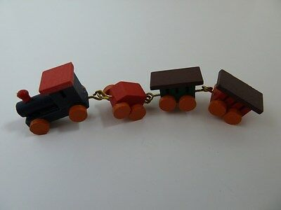 Dolls House Miniature 1:12th Scale Nursery Toy Accessory Wooden Trains (D117)