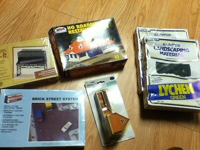 Ho Scale Huge Lot Of Buildings & Accessories