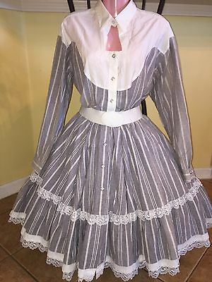 Square Dance Ladies Gray & White Western Top & Skirt-Large