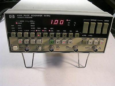 HP  8112A  50 MHz PULSE GENERATOR TESTED GOOD