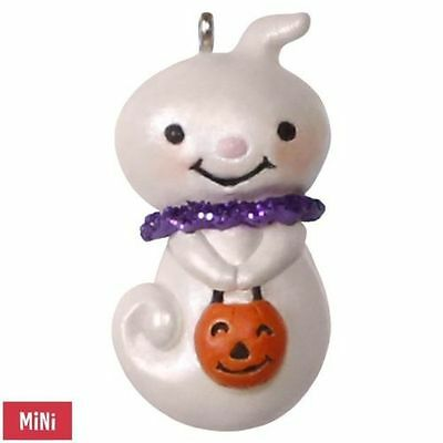 2017 Hallmark Teensy-Weensy Ghost Halloween MINI Ornament Jack O'Lantern Pumpkin